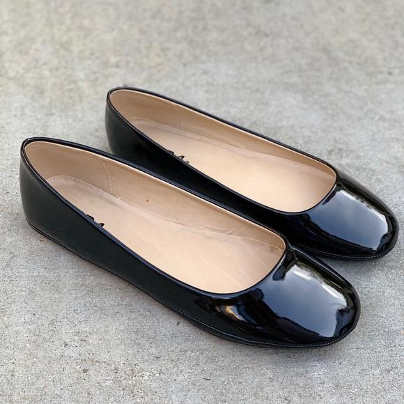 plain black ballet flats